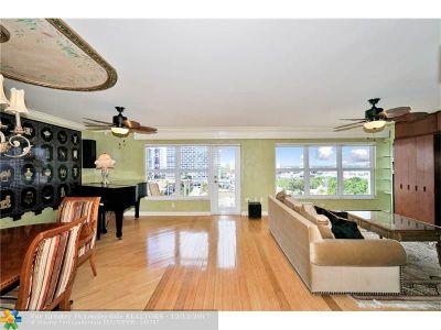 Fort Lauderdale Condo/Townhouse For Sale: 3000 E Sunrise Blvd #8G