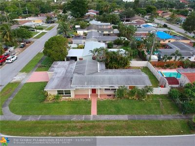 Davie Single Family Home For Sale: 7790 NW 35 St