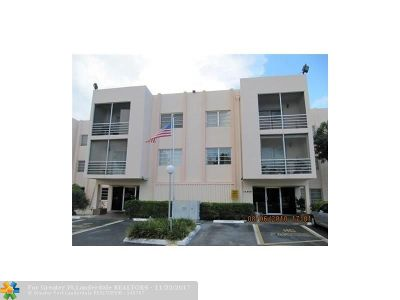 Miami Condo/Townhouse For Sale: 15888 SW 95th Ave #309