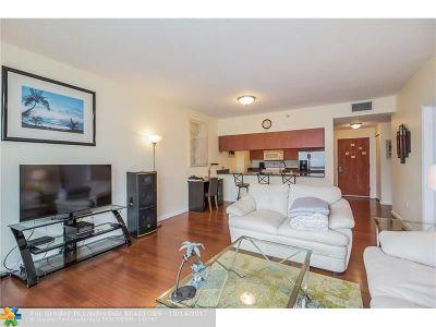 Miami Condo/Townhouse For Sale: 1200 Brickell Bay Dr #4208