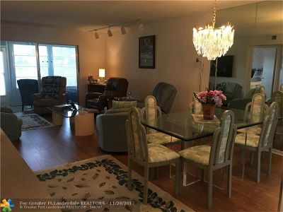 Coconut Creek Condo/Townhouse For Sale: 1704 Andros Isle #G1