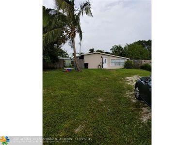 North Miami Beach Single Family Home For Sale: 1753 NE 178th St