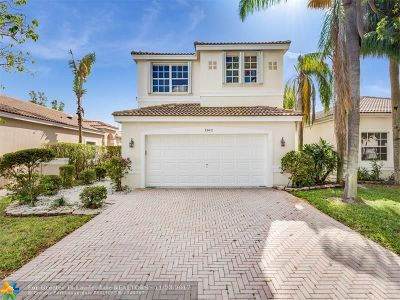 Coconut Creek Single Family Home For Sale: 3942 NW 62nd Ct