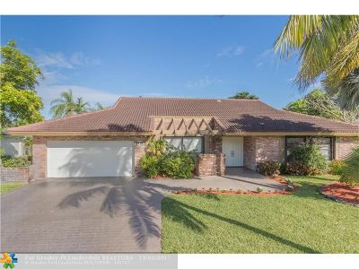 Coral Springs Single Family Home For Sale: 9735 NW 3rd Mnr