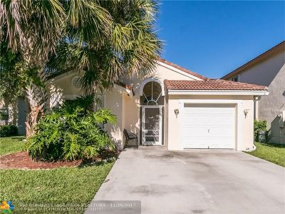 Lake Worth Single Family Home Backup Contract-Call LA: 8037 Pelican Harbour Dr