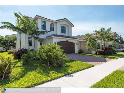Delray Beach Single Family Home For Sale: 8102 Baltic Amber Rd