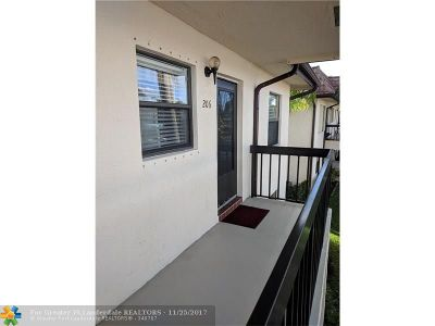Lake Worth FL Condo/Townhouse For Sale: $89,000