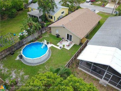 Broward County Single Family Home For Sale: 691 NE 34th St