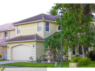 Coral Springs Single Family Home For Sale: 12329 NW 26th St