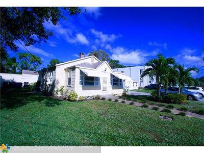 Broward County Single Family Home For Sale: 1021 NE 33rd St