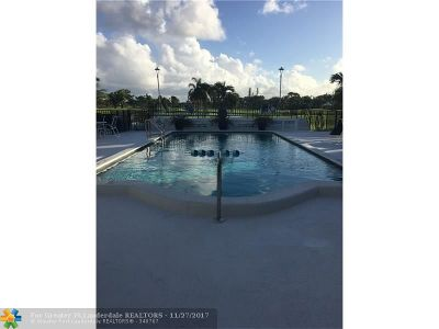 Fort Lauderdale Condo/Townhouse For Sale: 4848 NE 23rd Ave #6A