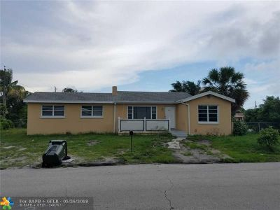 Delray Beach Single Family Home For Sale: 911 SW 6th Ave