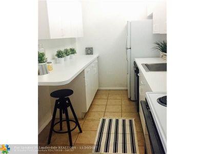 Miami Condo/Townhouse For Sale: 1251 NE 108th St #416