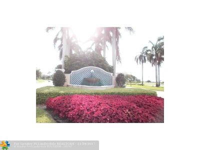Coral Springs Condo/Townhouse For Sale: 5716 NW 119th Ter #5716