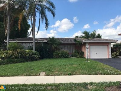 Pompano Beach Single Family Home For Sale: 289 SE 3rd Ter
