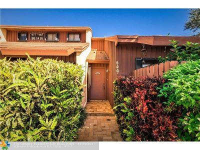 Dania Condo/Townhouse Backup Contract-Call LA: 477 SE 14th St #Corner