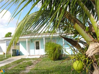 Broward County Single Family Home For Sale: 121 NW 54th St