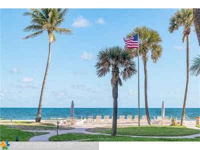Lauderdale By The Sea Condo/Townhouse For Sale: 1530 S Ocean Blvd #VILLA 2