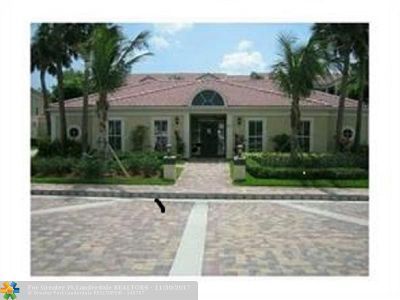 Coral Springs Condo/Townhouse For Sale: 995 Riverside Dr #122