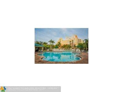 Weston Condo/Townhouse For Sale: 16461 Racquet Club Rd #1118