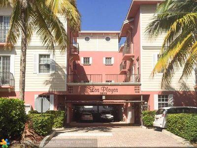 Pompano Beach Condo/Townhouse For Sale: 3213 NE 5th St #301