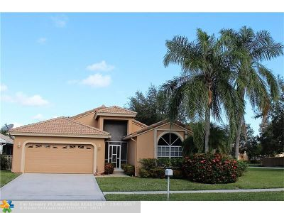 Delray Beach Single Family Home For Sale: 3955 S Sabal Lakes Rd