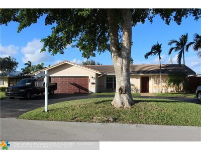 Pompano Beach Single Family Home For Sale: 521 SE 14th St