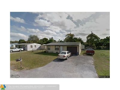 Lake Worth Single Family Home For Sale: 4958 Navarre Rd
