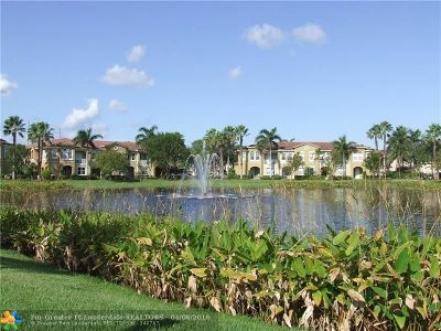 Palm Beach Gardens Condo/Townhouse For Sale: 4881 Bonsai Cir #111
