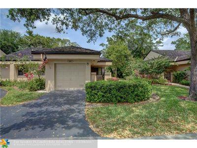 Plantation Single Family Home For Sale: 9281 Chelsea Dr
