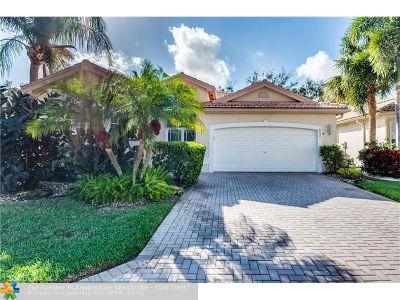 Boynton Beach Single Family Home For Sale: 6674 Bali Hai Dr