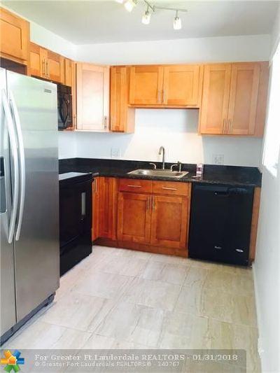 Boca Raton Condo/Townhouse For Sale: 486 Fanshaw L #486