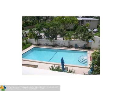 Hollywood Condo/Townhouse For Sale: 1425 Arthur St #404A
