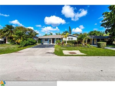 Oakland Park Single Family Home For Sale: 81 NE 48th Ct