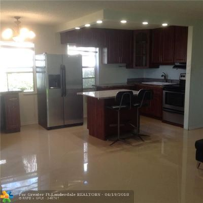 Delray Beach Condo/Townhouse For Sale: 444 Normandy J #444