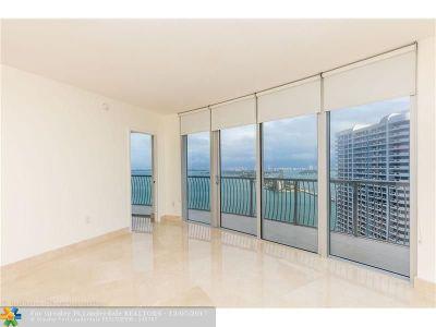 Miami Condo/Townhouse For Sale: 1750 N Bayshore Dr #3302