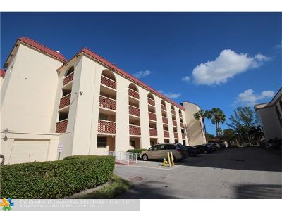Margate Condo/Townhouse For Sale: 3251 Holiday Springs Blvd #208