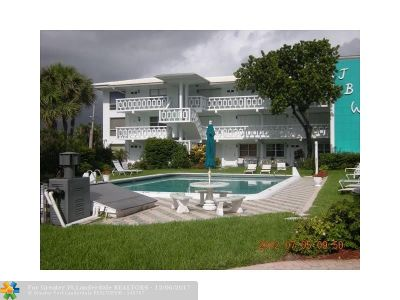 Pompano Beach Condo/Townhouse For Sale: 1751 S Ocean Blvd #104