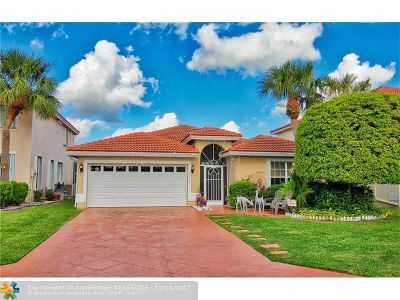 Boca Raton Single Family Home For Sale: 18270 Coral Chase Dr