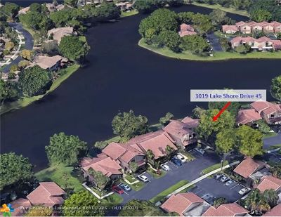 Deerfield Beach Condo/Townhouse For Sale: 3019 Lake Shore Dr #Unit 5
