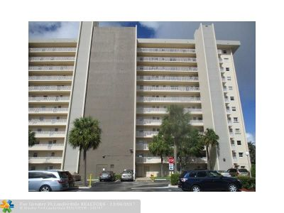 Broward County Condo/Townhouse For Sale: 801 S Federal Hwy #219