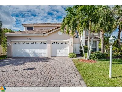 Boca Raton Single Family Home For Sale: 21823 Palm Grass Dr