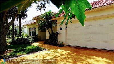 Pompano Beach Single Family Home For Sale: 3450 Dunes Vista Dr