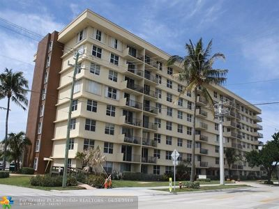 Pompano Beach Condo/Townhouse For Sale: 1009 N Ocean Blvd #PH12