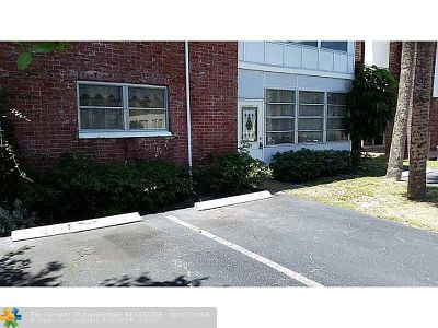 Lauderhill Condo/Townhouse For Sale: 4801 NW 22nd Ct #103
