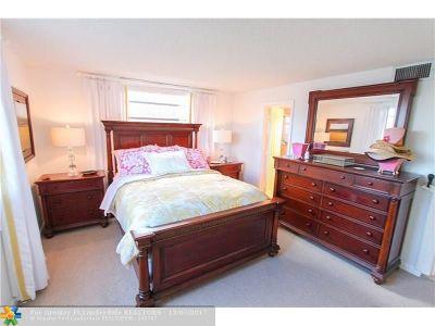 Dania Condo/Townhouse For Sale: 401 SE 3rd St #308