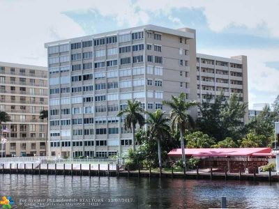 Fort Lauderdale Condo/Townhouse For Sale: 3100 NE 49th St #PH06