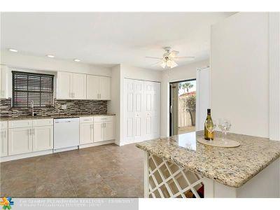 Boynton Beach Single Family Home For Sale: 1437 Princeton Lane
