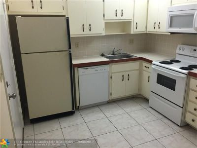 Lauderhill Condo/Townhouse For Sale: 2291 NW 48th Ter #101