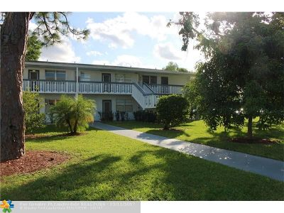 Deerfield Beach Condo/Townhouse For Sale: 208 Tilford J #208